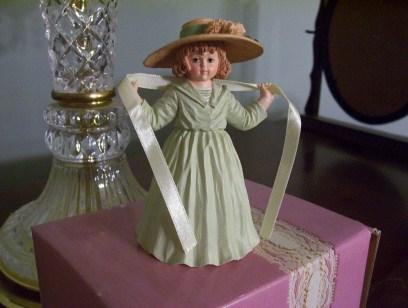 Maude Humphrey Girl