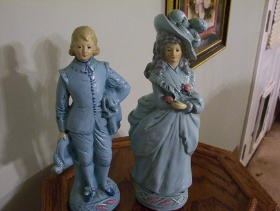 Victorian Couple Figurines In Blue