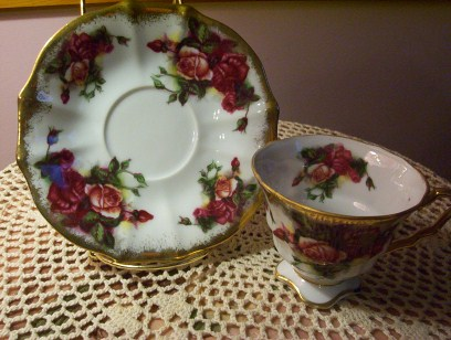 Royal Sealy Burgundy Cup/Saucer